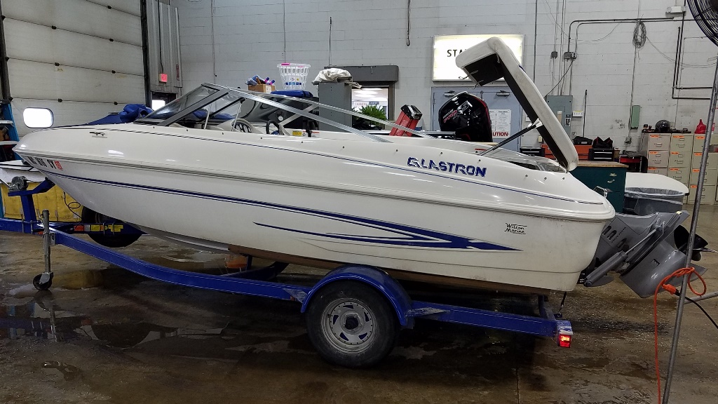 2006 Glastron boat for sale, model of the boat is MX175 & Image # 1 of 10