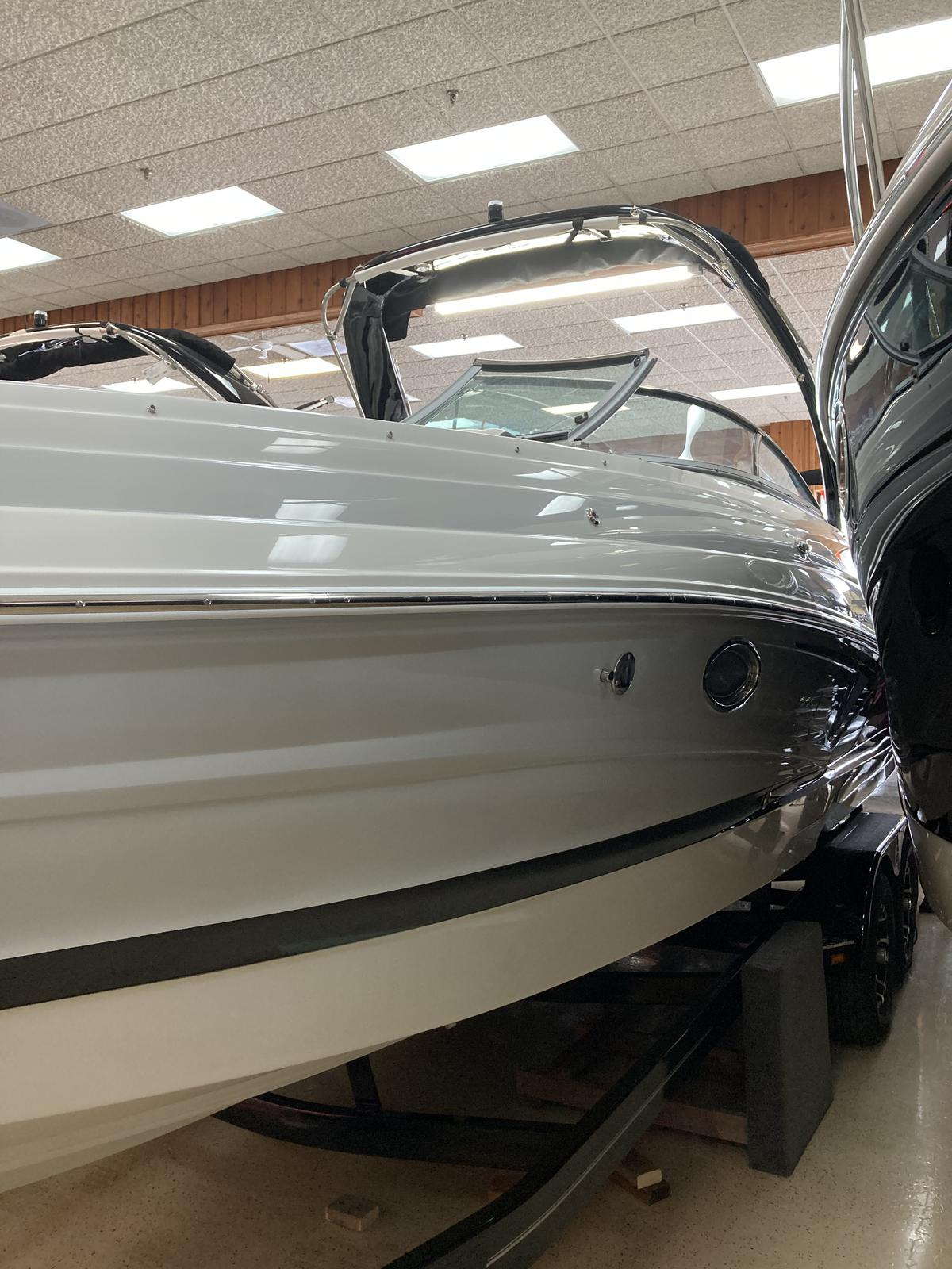 2021 Crownline boat for sale, model of the boat is 290 SS & Image # 7 of 7