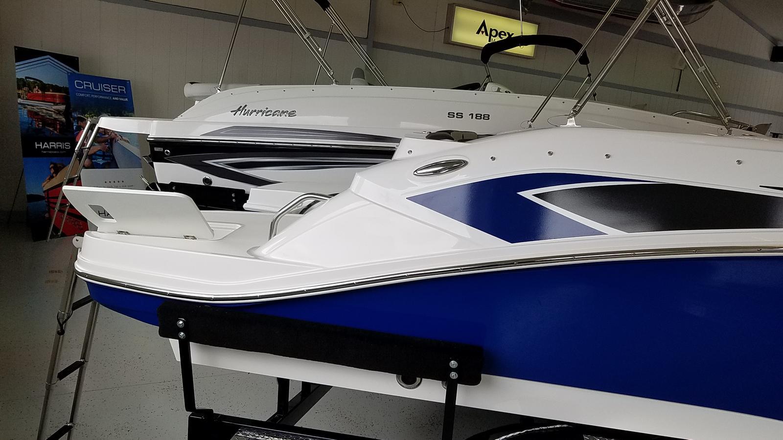 2021 Hurricane boat for sale, model of the boat is SunDeck Sport 205 OB & Image # 3 of 9