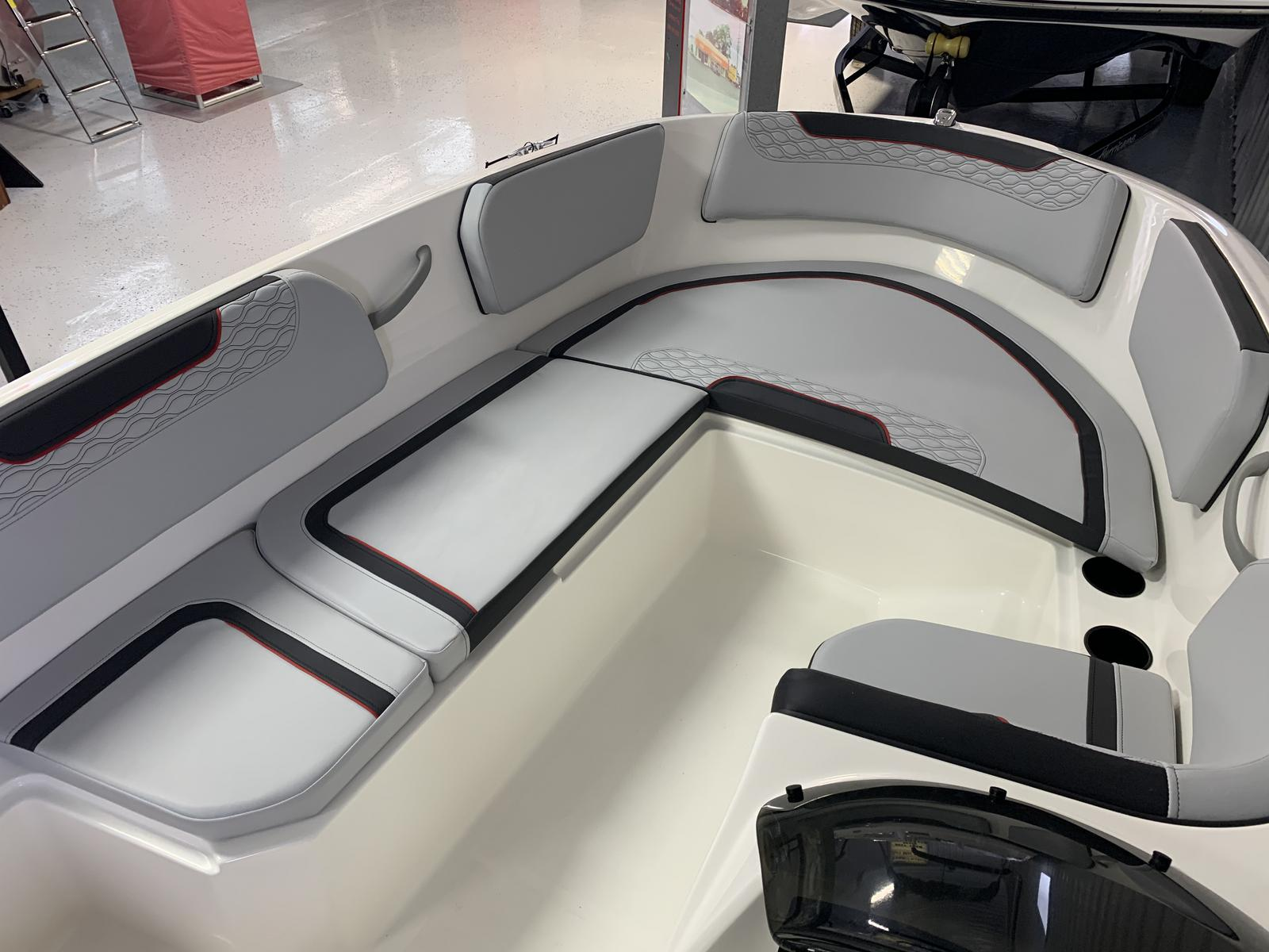 2021 Bayliner boat for sale, model of the boat is M-15 & Image # 4 of 4