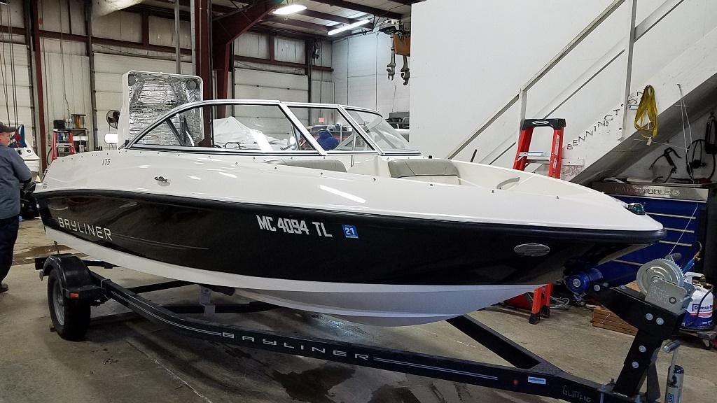 2012 Bayliner boat for sale, model of the boat is 175 BR & Image # 3 of 10