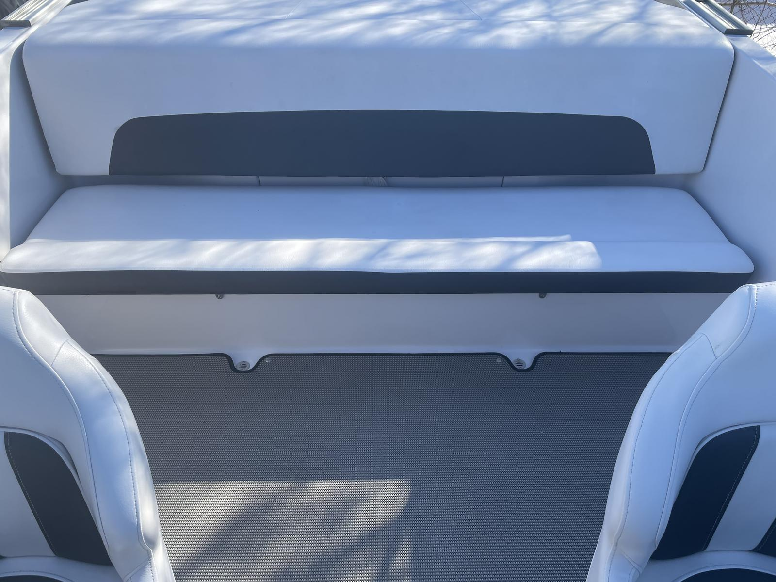 2017 Four Winns boat for sale, model of the boat is Freedom 190 & Image # 5 of 7
