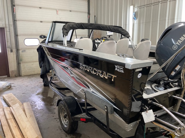 2015 Starcraft boat for sale, model of the boat is Superfisherman 176 & Image # 3 of 12