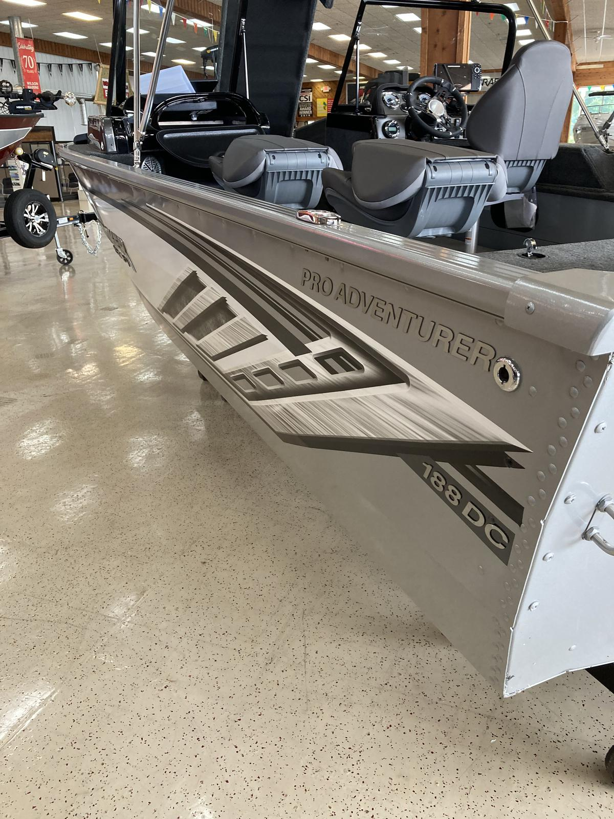 2021 Smoker Craft boat for sale, model of the boat is Adventurer 188 Pro DC & Image # 6 of 18