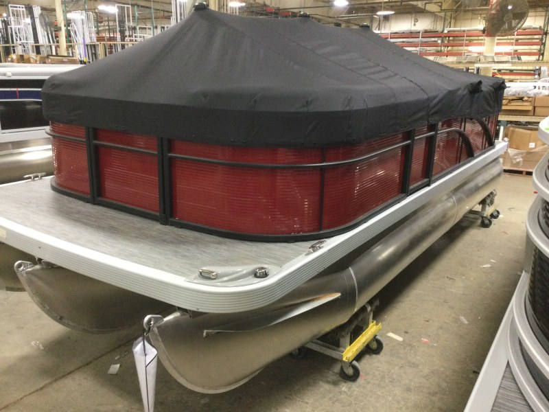 2021 Bennington boat for sale, model of the boat is 198 SL & Image # 1 of 13