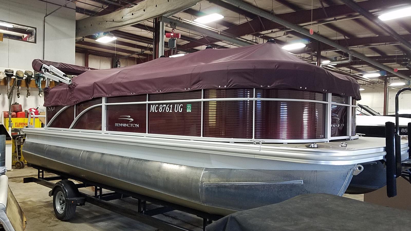 2019 Bennington boat for sale, model of the boat is 21 SLX & Image # 3 of 15