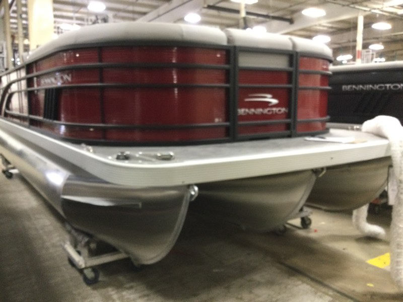 2021 Bennington boat for sale, model of the boat is 21 LSB & Image # 1 of 9