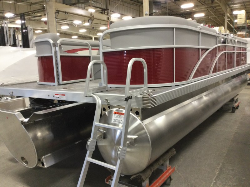 2021 Bennington boat for sale, model of the boat is 24 SVSR & Image # 7 of 19