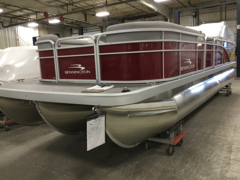 2021 Bennington boat for sale, model of the boat is 24 SVSR & Image # 8 of 19
