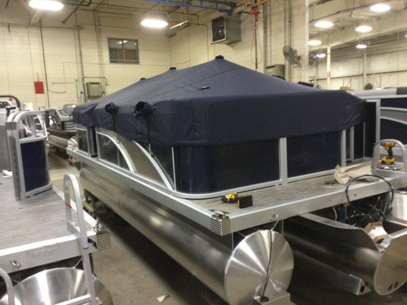 2021 Bennington boat for sale, model of the boat is 198 SL & Image # 8 of 22