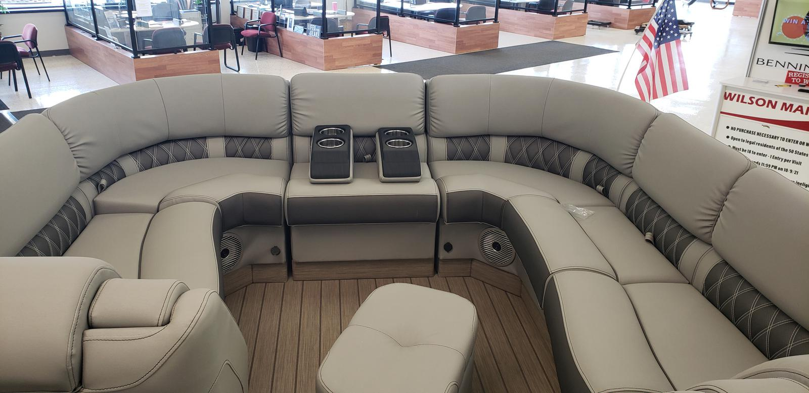 2021 Bennington boat for sale, model of the boat is 23 RSB & Image # 2 of 16