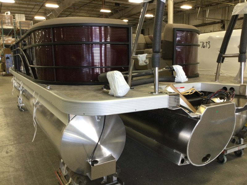 2021 Bennington boat for sale, model of the boat is 23 SSRX & Image # 11 of 23