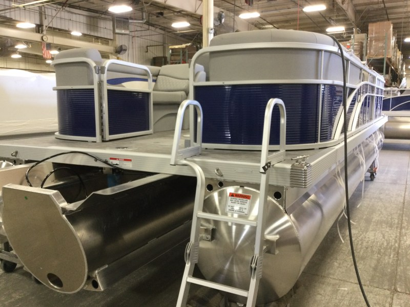 2021 Bennington boat for sale, model of the boat is 24 SVSR & Image # 12 of 24