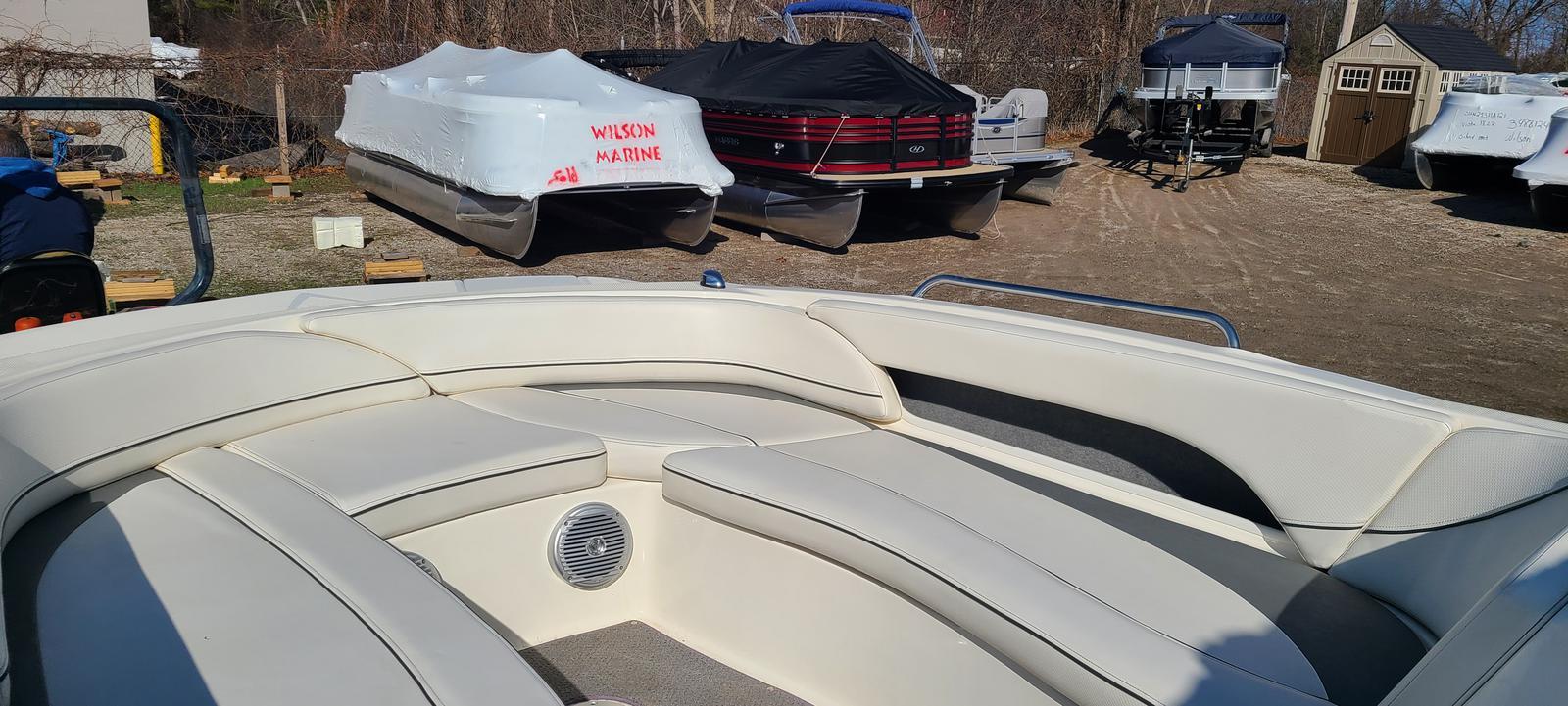 2009 Bayliner boat for sale, model of the boat is 197 & Image # 2 of 6