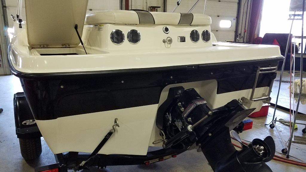 2011 Bayliner boat for sale, model of the boat is 197DB & Image # 2 of 15