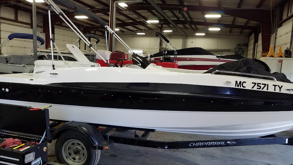 2011 Bayliner boat for sale, model of the boat is 197DB & Image # 1 of 15