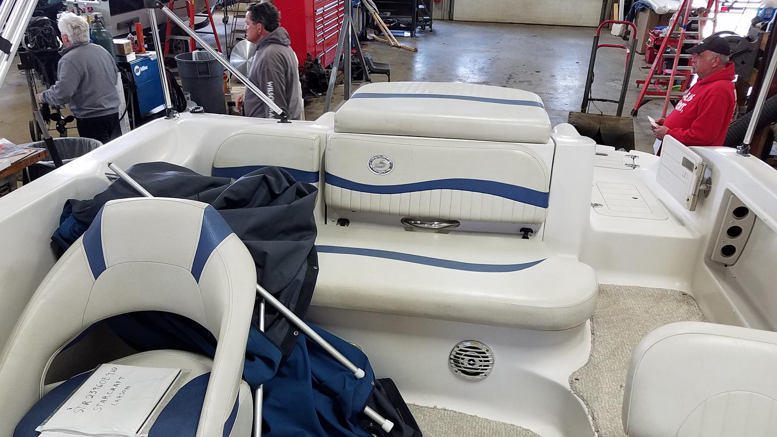 2010 Starcraft boat for sale, model of the boat is Limited 2000 I/O & Image # 7 of 13