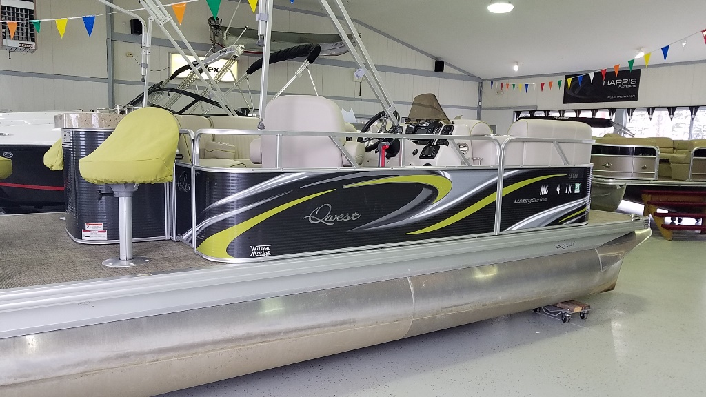 2016 Apex Pontoons boat for sale, model of the boat is Qwest LS 818 Splash Pad & Image # 11 of 11