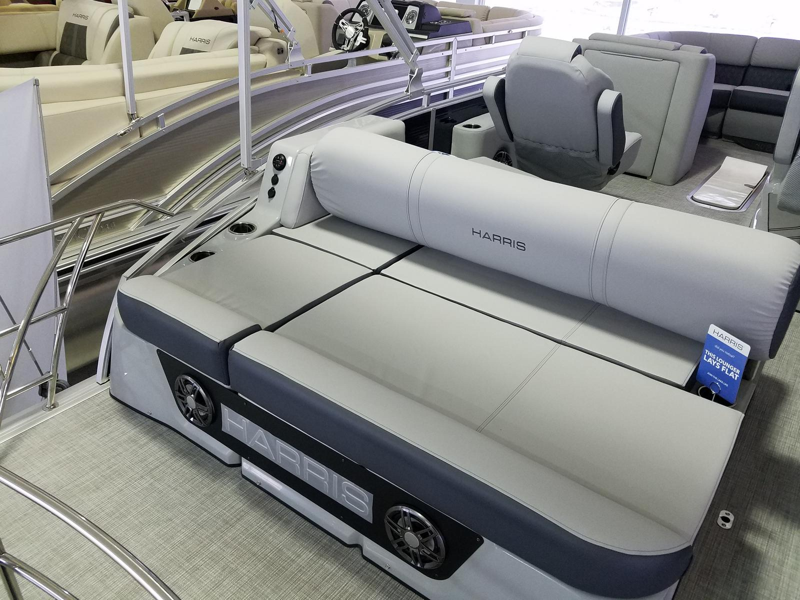 2021 Harris boat for sale, model of the boat is Solstice 230 & Image # 2 of 16
