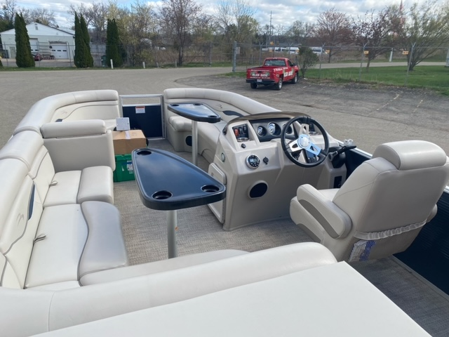 2019 Bennington boat for sale, model of the boat is 22 SSXAPG & Image # 6 of 11