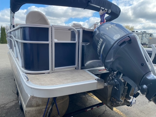 2019 Bennington boat for sale, model of the boat is 22 SSXAPG & Image # 8 of 11