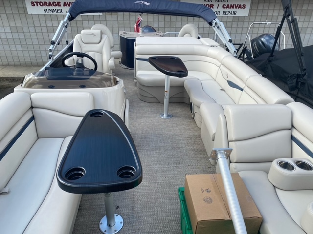 2019 Bennington boat for sale, model of the boat is 22 SSXAPG & Image # 10 of 11