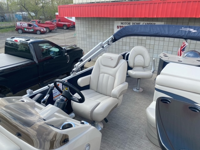 2019 Bennington boat for sale, model of the boat is 22 SSXAPG & Image # 11 of 11