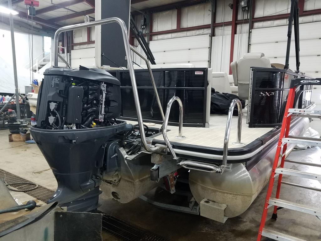 2016 Bennington boat for sale, model of the boat is 21 SLX - Premium & Image # 2 of 16