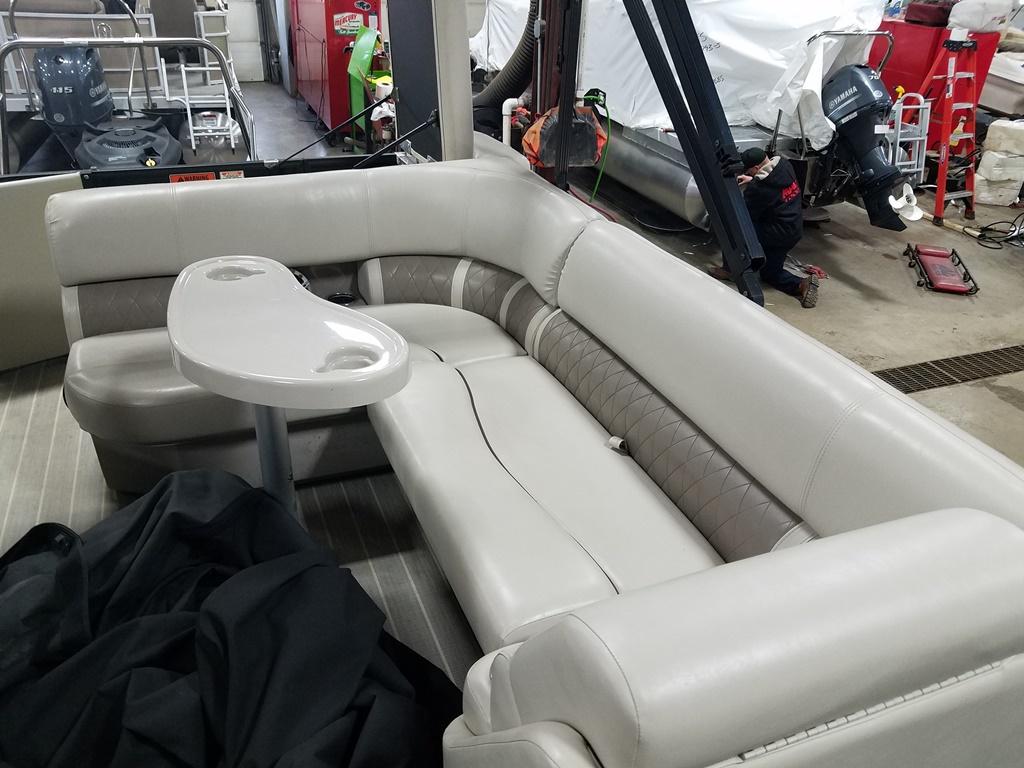 2016 Bennington boat for sale, model of the boat is 21 SLX - Premium & Image # 14 of 16