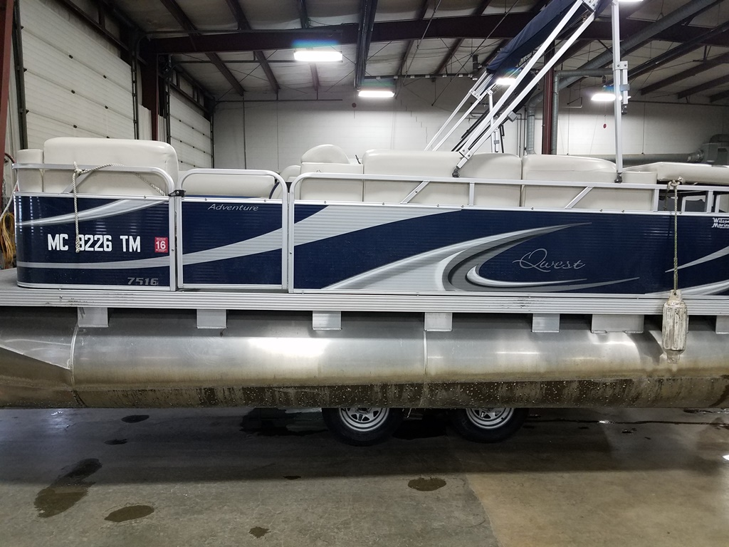 2013 Apex Pontoons boat for sale, model of the boat is Qwest Adventure 7516 Cruise Deluxe & Image # 1 of 9