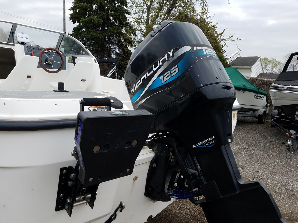1999 Trophy Marine boat for sale, model of the boat is 1802 WA & Image # 3 of 12