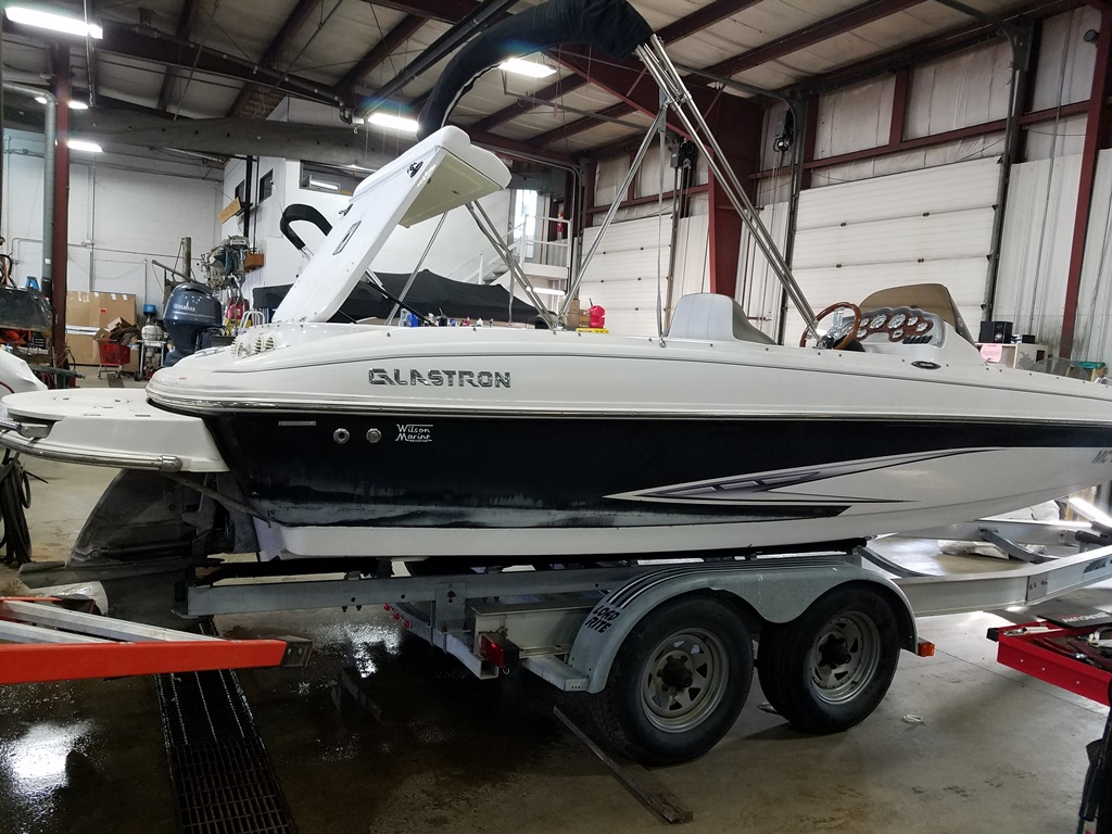 2014 Glastron boat for sale, model of the boat is DS 205 & Image # 3 of 14
