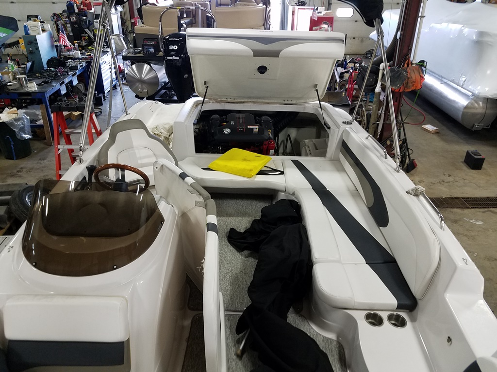 2014 Glastron boat for sale, model of the boat is DS 205 & Image # 8 of 14