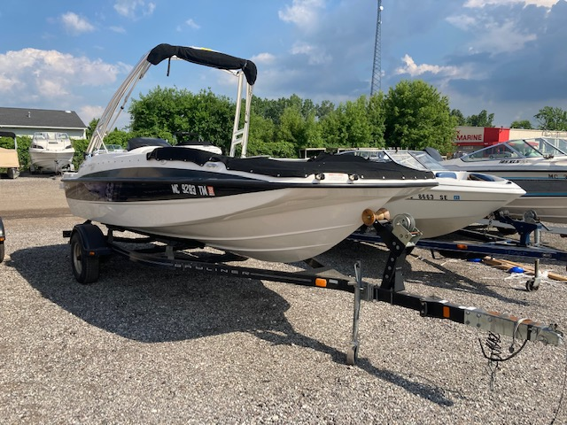 2012 Bayliner boat for sale, model of the boat is 197 SD & Image # 1 of 14