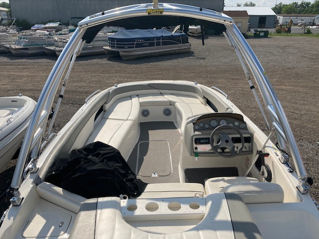 2012 Bayliner boat for sale, model of the boat is 197 SD & Image # 9 of 14