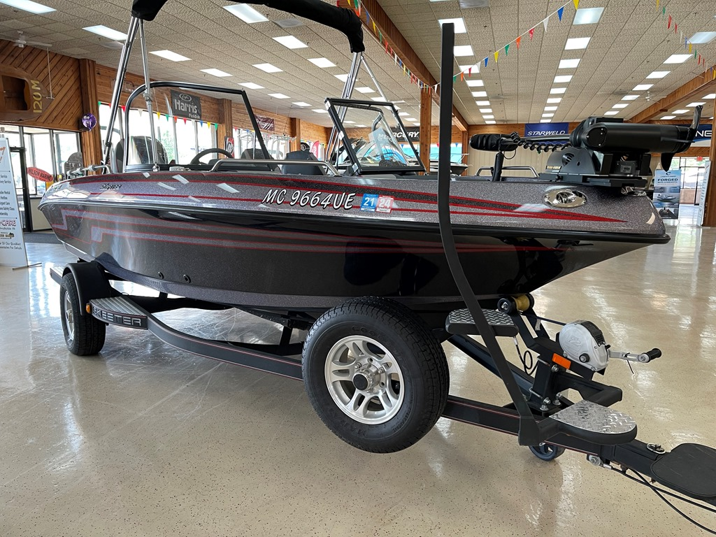 2018 Skeeter boat for sale, model of the boat is Solera 189 & Image # 2 of 16
