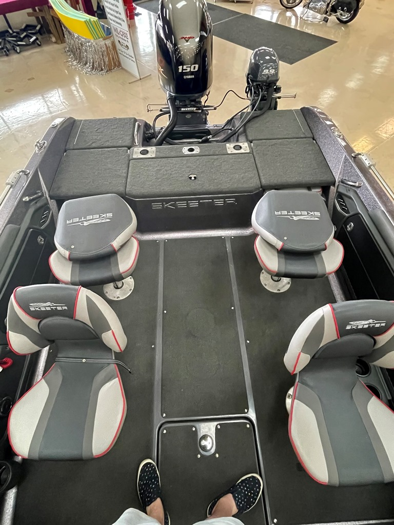 2018 Skeeter boat for sale, model of the boat is Solera 189 & Image # 5 of 16