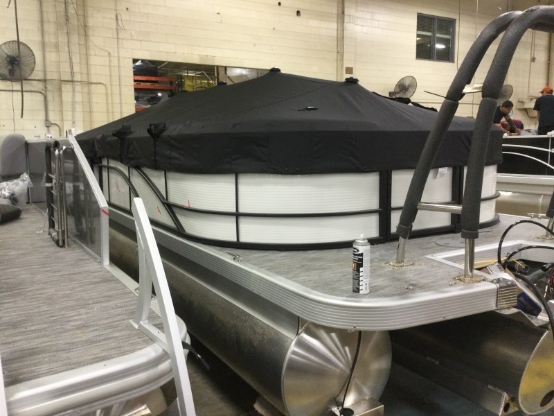 2021 Bennington boat for sale, model of the boat is 23 SSRX & Image # 11 of 25