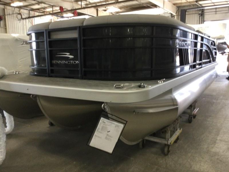 2021 Bennington boat for sale, model of the boat is 21 LSB & Image # 1 of 14