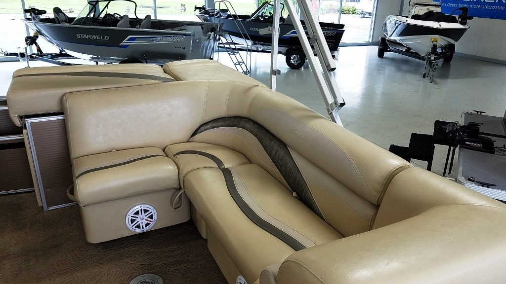 2012 Sweetwater boat for sale, model of the boat is 2286 & Image # 8 of 10