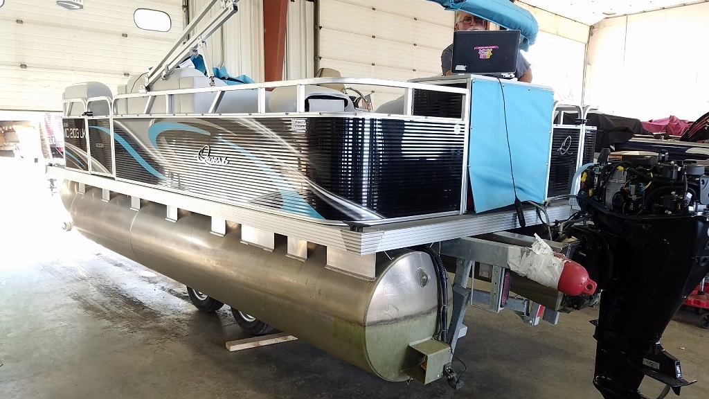 2020 Qwest Pontoons boat for sale, model of the boat is Edge 816 VX Cruise & Image # 2 of 11