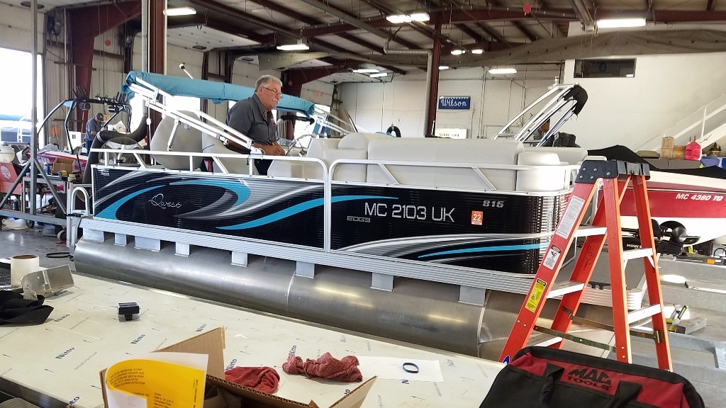 2020 Qwest Pontoons boat for sale, model of the boat is Edge 816 VX Cruise & Image # 4 of 11