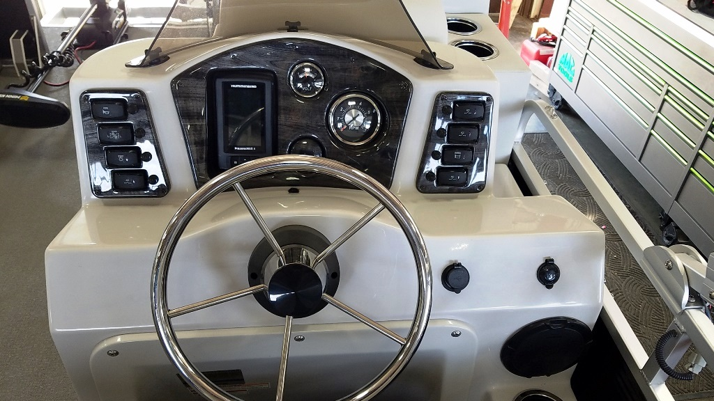 2020 Qwest Pontoons boat for sale, model of the boat is Edge 816 VX Cruise & Image # 8 of 11