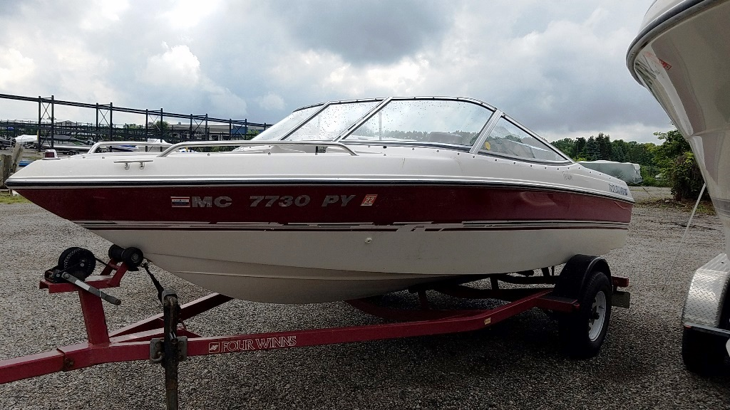 1995 Four Winns boat for sale, model of the boat is 170 Freedom & Image # 3 of 6