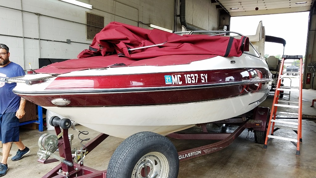 2006 Glastron boat for sale, model of the boat is GXL 205 & Image # 9 of 17