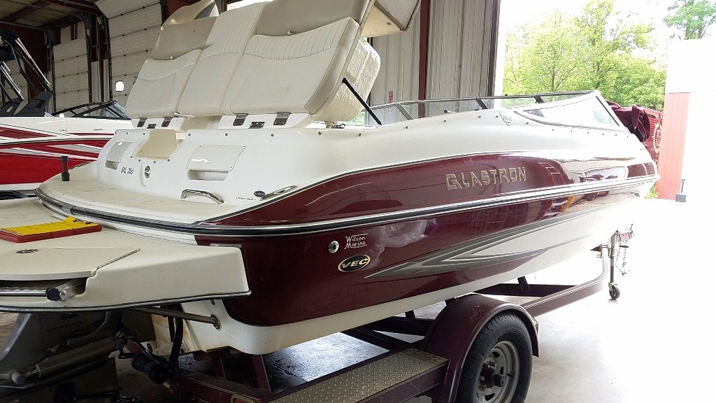 2006 Glastron boat for sale, model of the boat is GXL 205 & Image # 11 of 17
