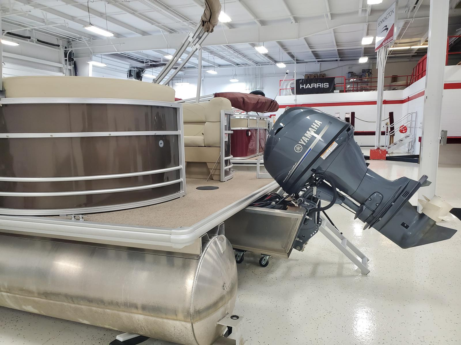 2018 SunChaser boat for sale, model of the boat is Geneva Cruise 20 LR DH & Image # 2 of 11