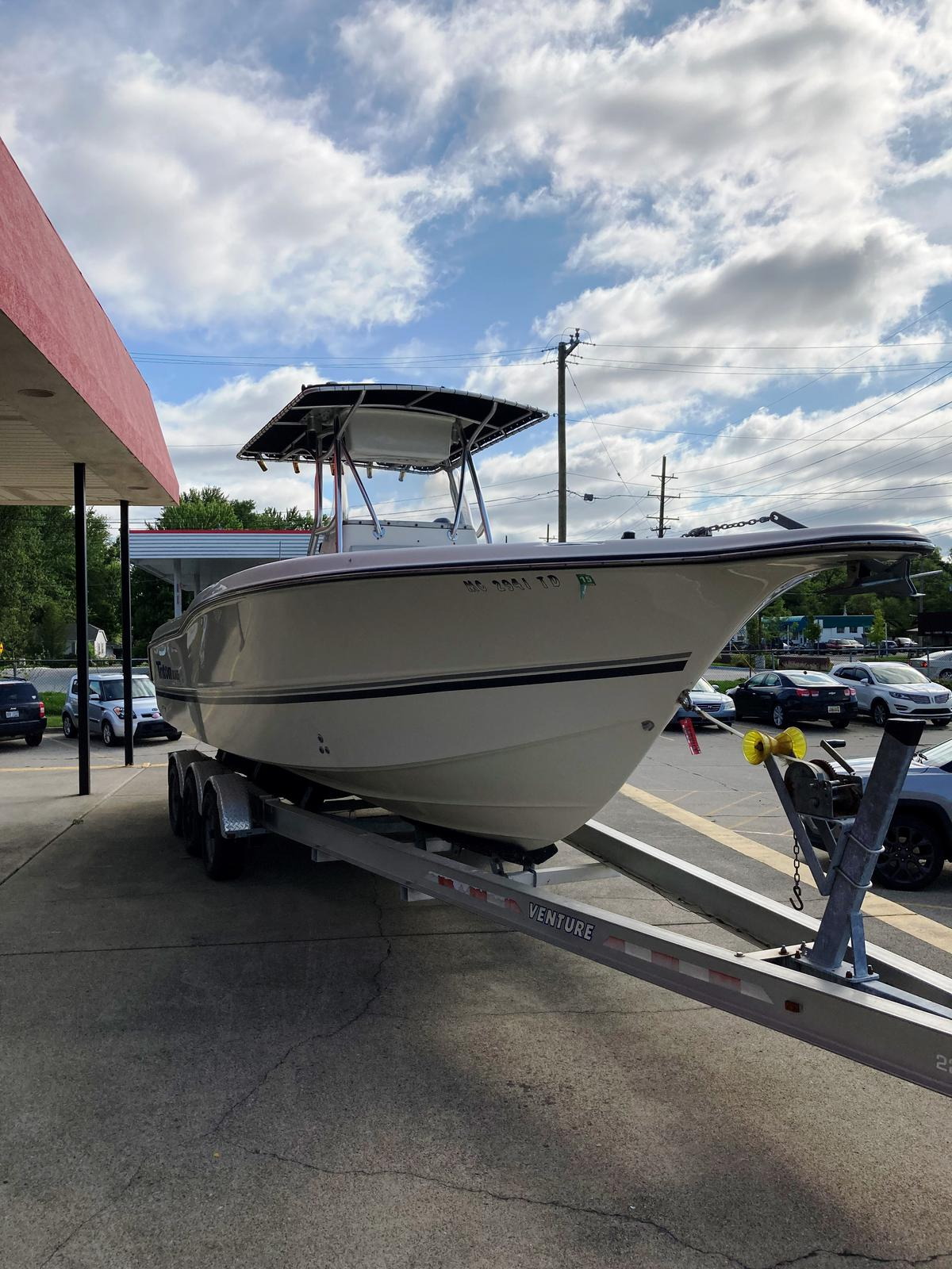 2002 Triton boat for sale, model of the boat is 2700 & Image # 1 of 7