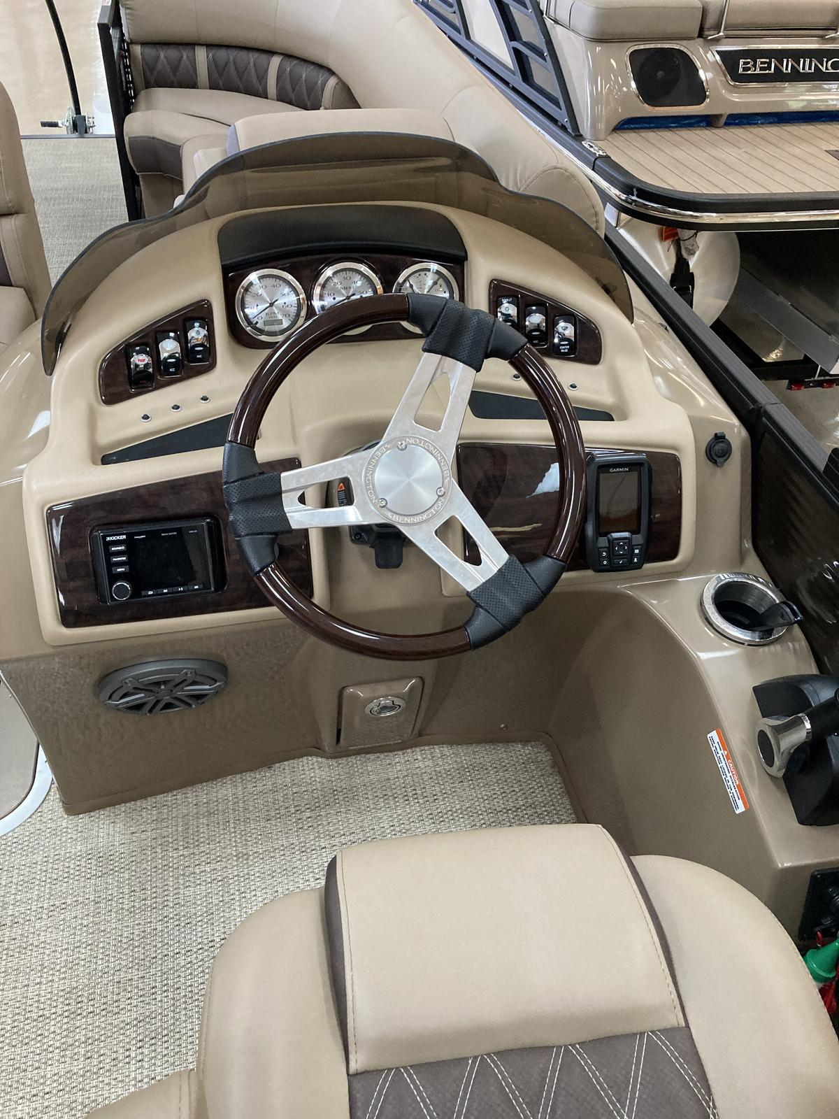 2018 Bennington boat for sale, model of the boat is 23 GSRC & Image # 3 of 4