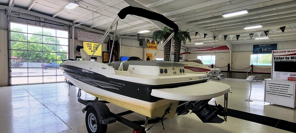 2012 Bayliner boat for sale, model of the boat is 197 SD & Image # 12 of 17